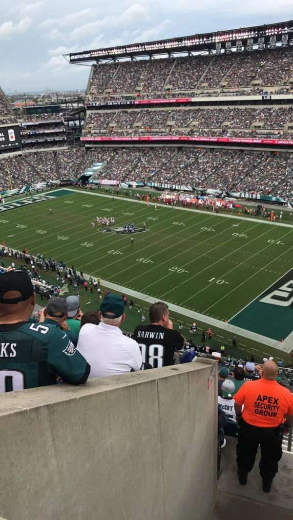 Lincoln Financial Field, secção: 206, fila: 9, lugar: 3