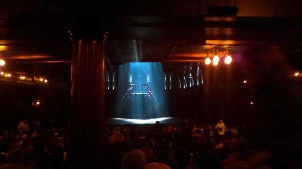 Lyric Theatre, secção: Orchestra, fila: Y, lugar: 3