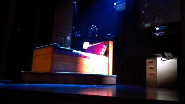 Music Box Theatre, secção: Orchestra R, fila: A, lugar: 4