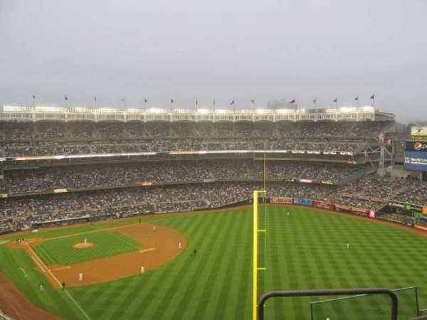 Yankee Stadium, secção: 413, fila: 7, lugar: 18