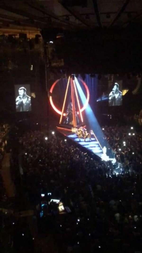 Madison Square Garden, secção: 204LWC, fila: 1, lugar: 2