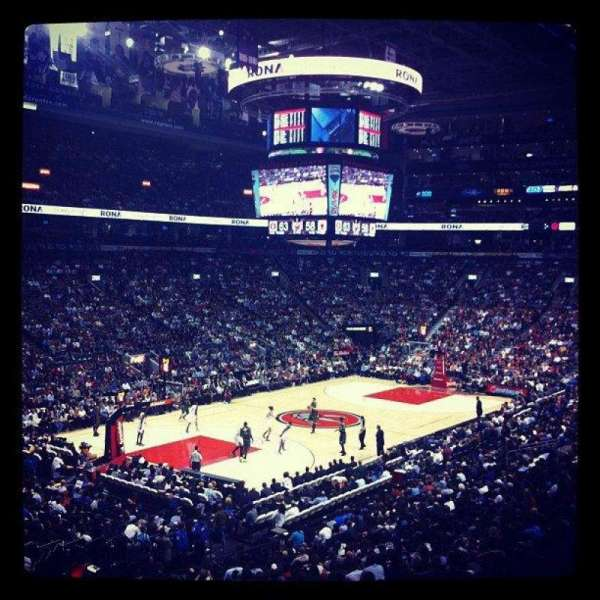 Scotiabank Arena, secção: 122, fila: 28, lugar: 17