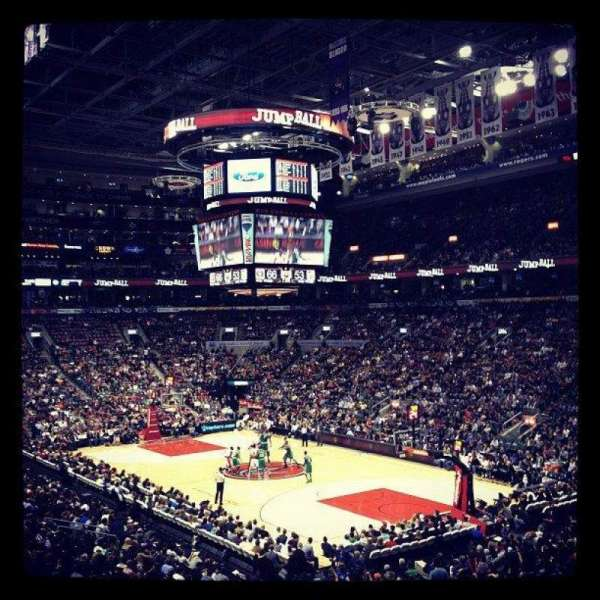 Scotiabank Arena, secção: 105, fila: 26, lugar: 5