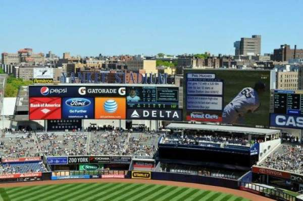 Yankee Stadium, secção: 417, fila: 11, lugar: 6