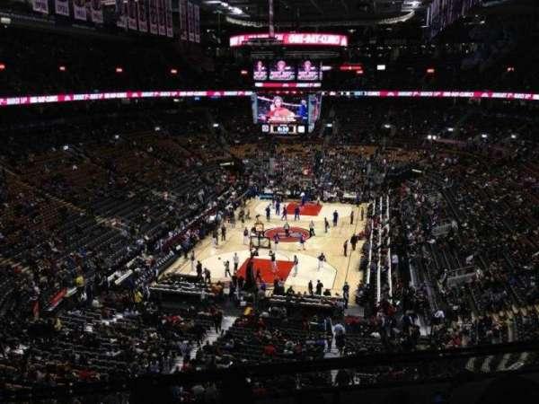 Scotiabank Arena, secção: 301, fila: 4, lugar: 10