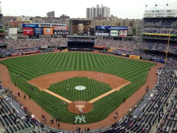 Yankee Stadium, secção: 420B, fila: 2, lugar: 14