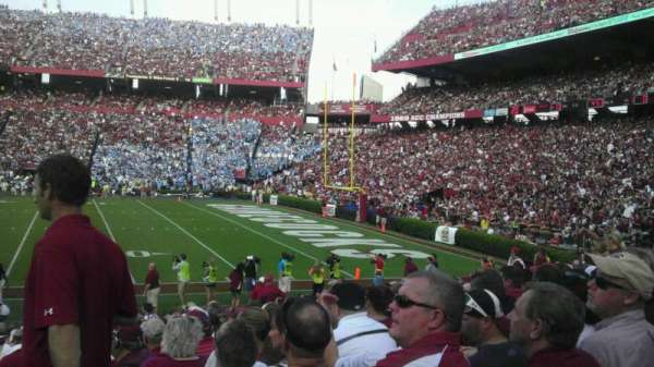 Williams-Brice Stadium, secção: 7, fila: 17, lugar: 1
