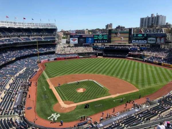 Yankee Stadium, secção: 419, fila: A, lugar: 4