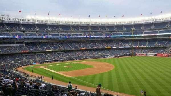 Yankee Stadium, secção: 210, fila: 18, lugar: 12