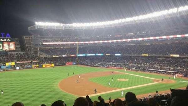 Yankee Stadium, secção: 227B, fila: 19, lugar: 8
