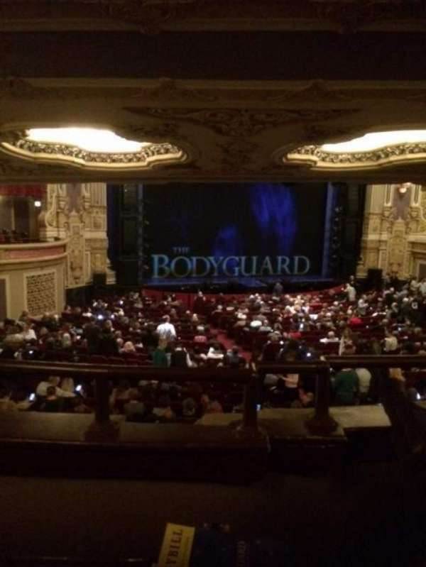 Nederlander Theatre (Chicago), secção: Dress Circle LC, fila: B, lugar: 247