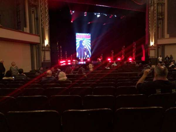 Golden Gate Theatre, secção: Orchestra L, fila: R, lugar: 21