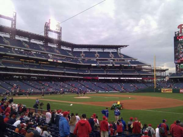Citizens Bank Park, secção: 113, fila: 16, lugar: 6
