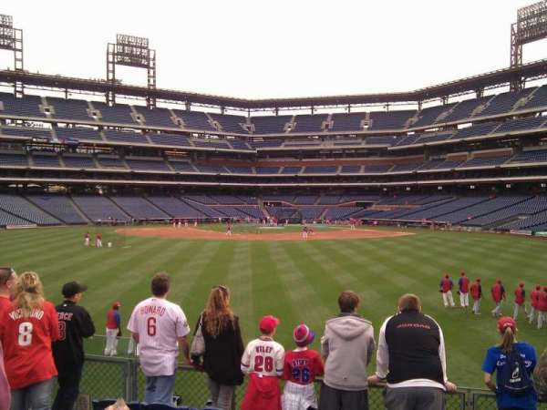Citizens Bank Park, secção: 147, fila: 6, lugar: 14