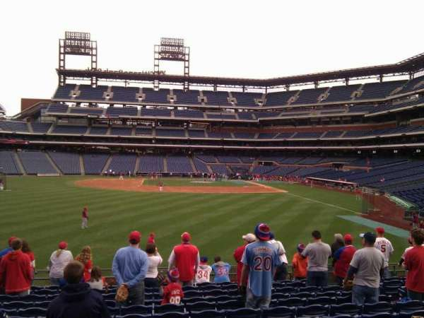Citizens Bank Park, secção: 144, fila: 13, lugar: 9