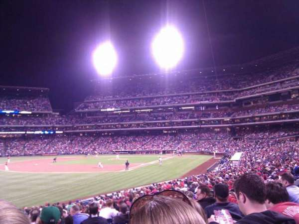 Citizens Bank Park, secção: 137, fila: 27, lugar: 17