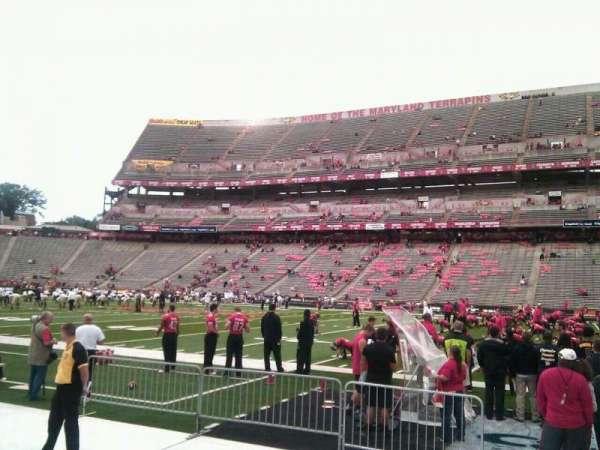 Maryland Stadium, secção: 27, fila: d, lugar: 14