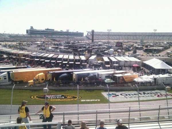 Dover International Speedway, secção: 200, fila: 9, lugar: 9