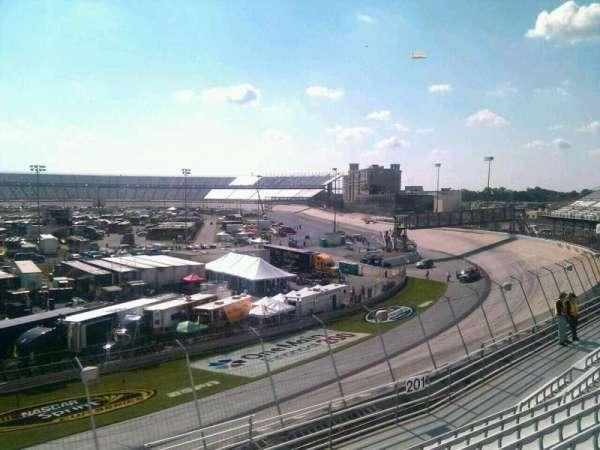 Dover International Speedway, secção: 202, fila: 9, lugar: 9