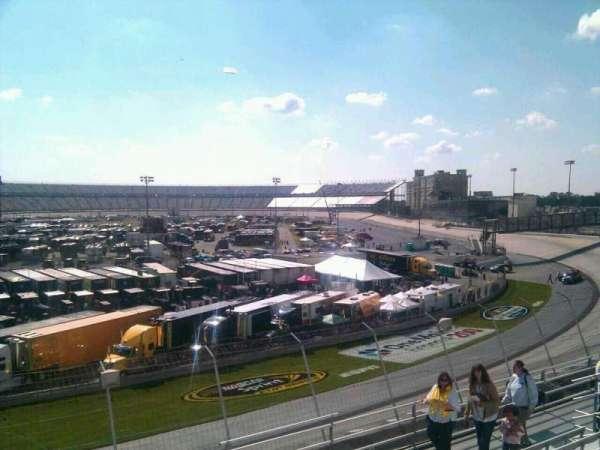 Dover International Speedway, secção: 203, fila: 9, lugar: 9