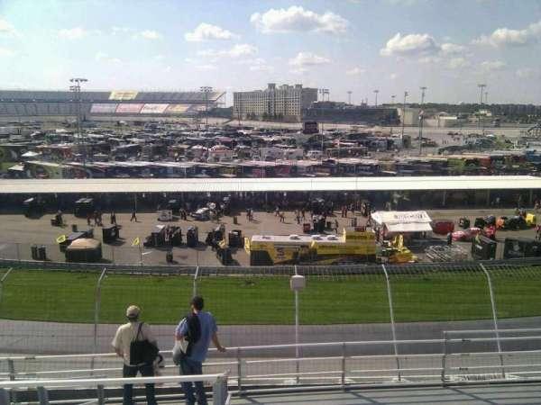 Dover International Speedway, secção: 222, fila: 9, lugar: 9
