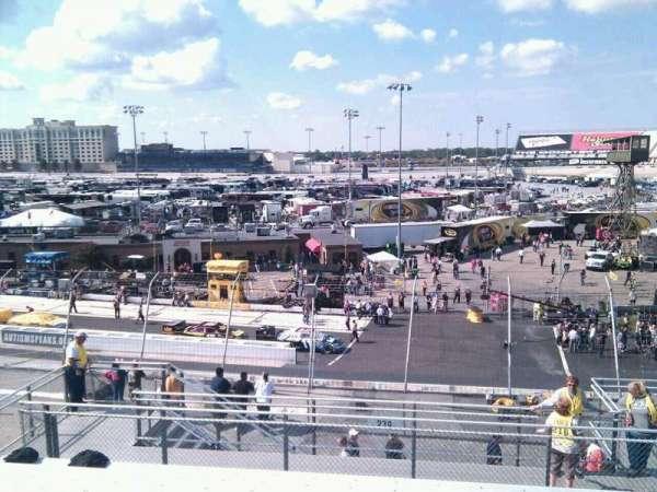 Dover International Speedway, secção: 240, fila: 30, lugar: 9