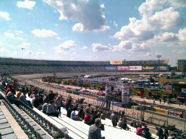 Dover International Speedway, secção: 250, fila: 30, lugar: 9