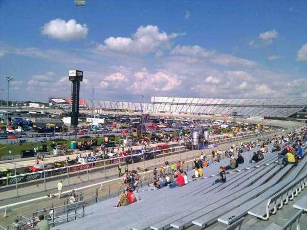 Dover International Speedway, secção: 107, fila: 30, lugar: 9