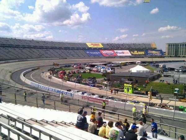 Dover International Speedway, secção: 110, fila: 30, lugar: 9