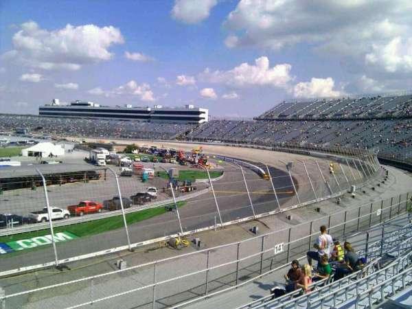 Dover International Speedway, secção: 142, fila: 14, lugar: 9
