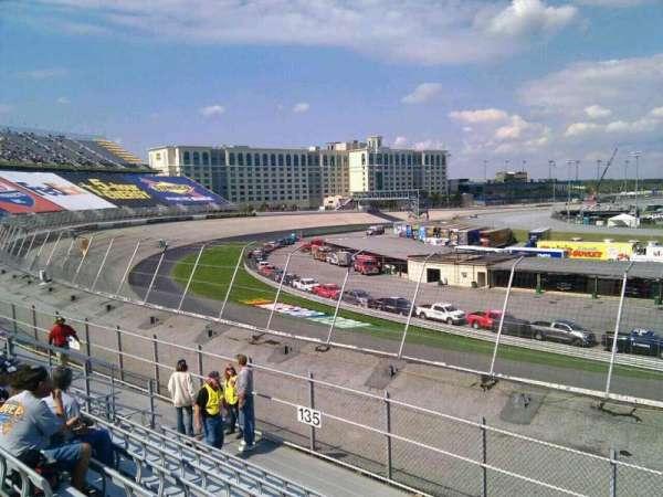 Dover International Speedway, secção: 134, fila: 14, lugar: 9