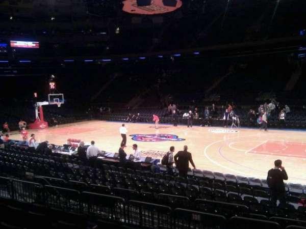 Madison Square Garden, secção: 108, fila: 6, lugar: 17