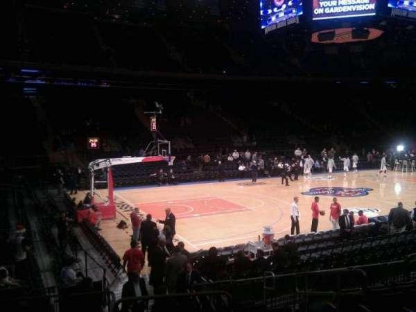 Madison Square Garden, secção: 105, fila: 9, lugar: 12