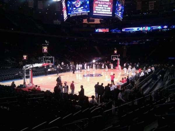 Madison Square Garden, secção: 104, fila: 6, lugar: 8