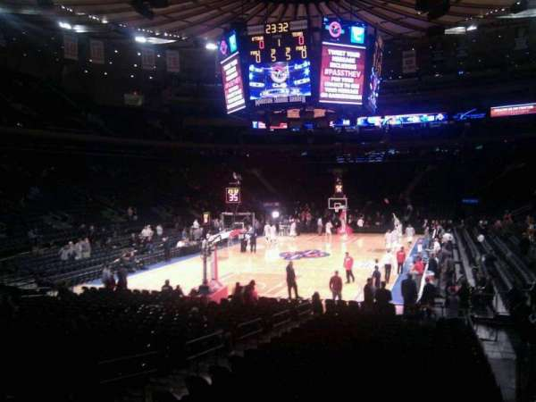 Madison Square Garden, secção: 103, fila: 10, lugar: 10