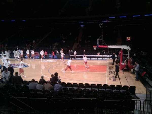 Madison Square Garden, secção: 118, fila: 6, lugar: 4