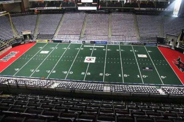VyStar Veterans Memorial Arena, secção: 303, fila: H, lugar: 9