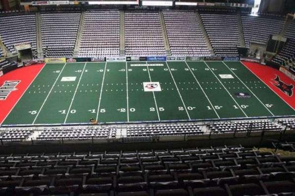 VyStar Veterans Memorial Arena, secção: 304, fila: H, lugar: 10