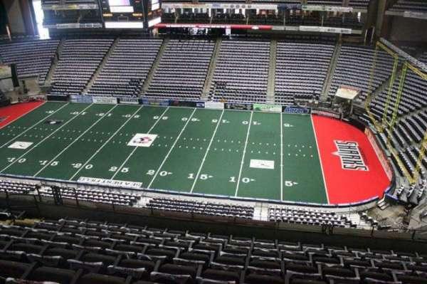 VyStar Veterans Memorial Arena, secção: 319, fila: G, lugar: 8