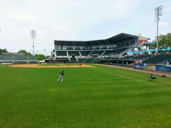 FNB Field, secção: 403, fila: 2, lugar: 6