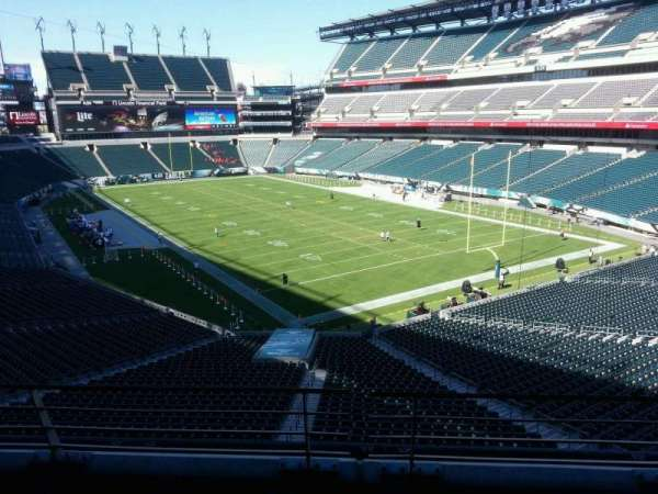 Lincoln Financial Field, secção: SW Terrace 1, fila: 3, lugar: 20