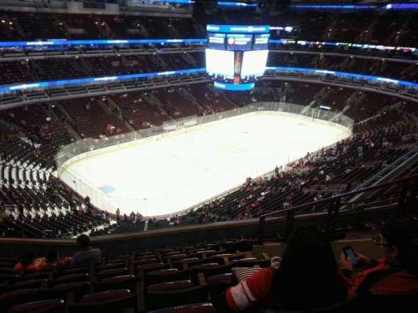 United Center, secção: 305, fila: 10, lugar: 6