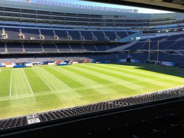 Soldier Field, secção: 239, fila: 5, lugar: 8