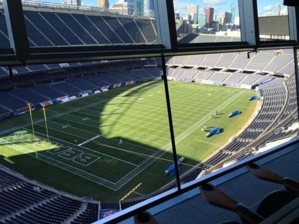 Soldier Field, secção: Suite B34