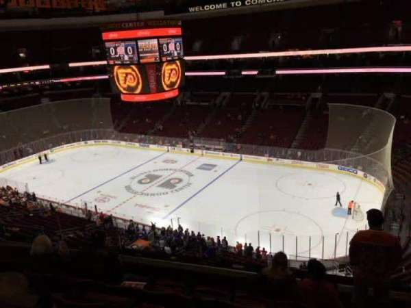Wells Fargo Center, secção: 204, fila: 6, lugar: 5
