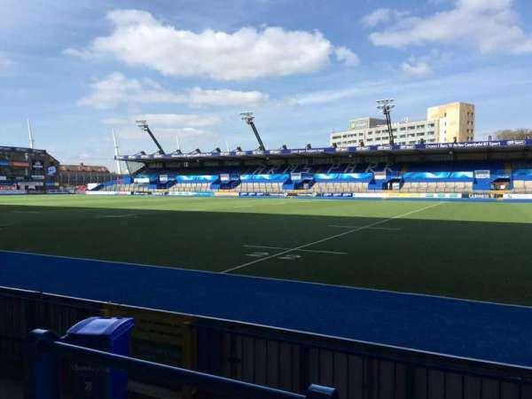 Cardiff Arms Park, secção: Standing 2, fila: 10