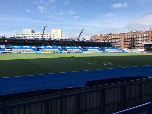 Cardiff Arms Park, secção: Standing 5, fila: 8