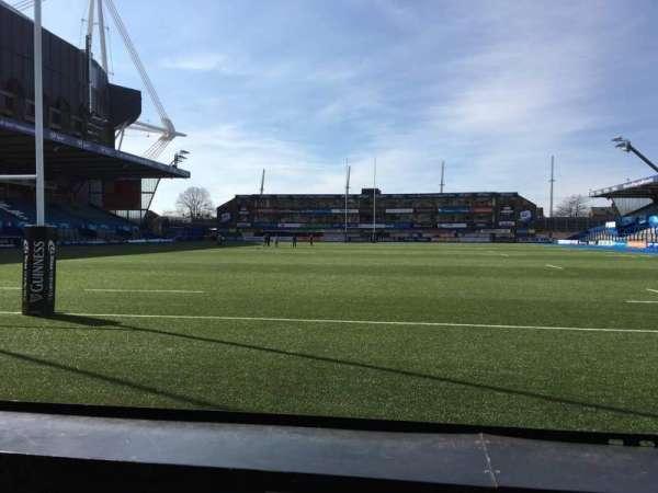 Cardiff Arms Park, secção: 17, fila: A, lugar: 6