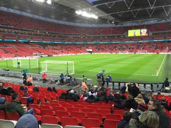 Wembley Stadium, secção: 130, fila: 19, lugar: 233