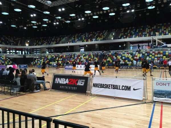 Copper Box Arena, secção: 110, fila: 2, lugar: 52